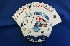 The Amazing Gripper 2-Pocket (!) playing card holder - pinned by pin4etsy.com