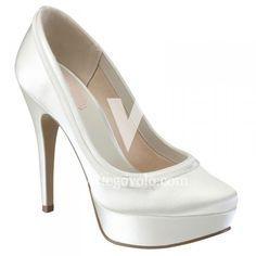 Un look de novia Chic Vintage | Zapatos y Complementos de Novia - EGOVOLO