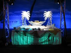 beach-themed party - main table