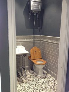 Downstairs toilet design ideas guest powder room small bathroom shower tile remodeling for bathrooms Small Toilet Room, Small Bathroom With Shower, Guest Toilet, Downstairs Cloakroom, Downstairs Toilet, Upstairs Bathrooms, Grey Bathrooms, Bathroom Floor Tiles, Bathroom Wall