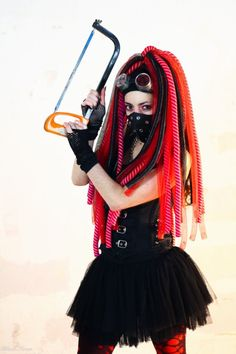 SaW - and Cyber Gothic Safety Wear - Pitite Oudy ❛☂❜  Alt model Pitite Oudy ✒ post-punk , cyber goth , industrial,Steam, costume play & Dance http://pititeoudy.bookspace.fr/ https://www.facebook.com/OudysCybergothModele/  Invite