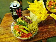 Homeveganer: Leckere Salate, Gemüse und Falafel im MAOZ
