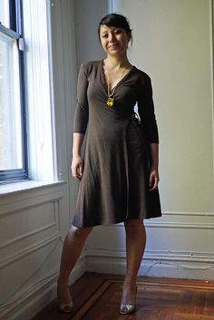 Hope Wrap Dress - free burda pattern (pattern is here: http://www.burdastyle.com/patterns/hope-wrap-dress)