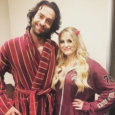 "chrisdelia: ""Check out this picture of Meghan Trainor and Keanu Reeves post shower. #undateablelive #happyhalloween"""