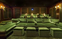 Cinema Room Small, Home Cinema Room, Home Theater Room Design, Home Theater Rooms, Modern House Facades, Room Screen, Home Cinemas, Modern Room, Small Rooms
