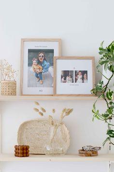 Cadres photos personnalisés Cheerz pour la fête des mères Decoration, Floating Shelves, Frame, Home Decor, Happy Name Day, Living Room, Decor, Picture Frame, Decoration Home