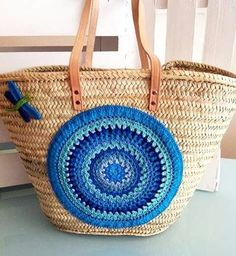Hasır çantalar serisi���� . ✳️ #pinterest gezilerimden �� . . #crochet#instaknit#handsandhustle#instacrochet#örgü#10marifet#knitting_inspiration#knit#handknit#elişi#penyeip#handmade#knitted#handwork#craft#crocheting#virka#crocheting#knitting#yarn#elemeği#strikking#knitstagram#amigurumi#elemegi#knittingaddict#ganchillo#crochetmood#yarnaddict#keyifliiblogger http://turkrazzi.com/ipost/1515923074352152712/?code=BUJpAEhlACI