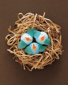 """""""Dyeing"""" for a new way to decorate Easter eggs? Here's a recipe for fun that's hard to beat: With basic crafts supplies -- crepe paper, pipe cleaners, felt, yarn, thread, and glue -- kids can make eggs-traordinary creations from plain white eggs.Print the Egg Creatures Templates"""