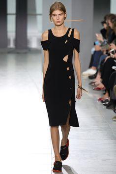 Christopher Kane Spring 2016 Ready-to-Wear Fashion Show - Alexandra Elizabeth