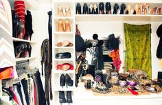 This is the type of closet most of us can have w/ the rite tools and organization! Adding to my checklist ✔