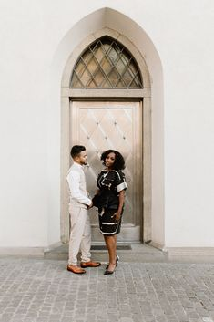 Old town Zurich sets the scene for today's stylish and romantic engagement session captured by Melissa Spilman on Helvetia Weddings! European Wedding, Elopement Inspiration, Documentary Photography, Bridal Outfits, Home Wedding, Beautiful Couple, Engagement Shoots, Old Town, Documentaries
