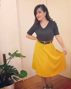 Sew Over It Susie Blouse with a Sewaholic Hollyburn Skirt Mustard Skirt, Sew Over It, Cute Blouses, Preppy Outfits, Clothing Patterns, Clothing Ideas, Cute Woman, High Waisted Skirt, Super Cute