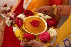 Haldi ceremony decoration Informations About Hald The Effective Pictures We Offer You About wedding ceremony arch A quality picture can Desi Wedding Decor, Wedding Ceremony Decorations, Altar Wedding, Boho Wedding, Thali Decoration Ideas, Flower Decoration, Indian Wedding Photography Poses, Mehendi Photography, Haldi Ceremony