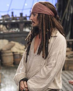 "On set of ""Pirates of the Caribbean at World's End"". (Click on the picture to see it.)"