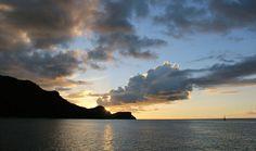Petites Antilles: une croisière en voilier - Coucher de soleil à Bequia, au moment de l'appareillage du Ponant.  Photo Sarah Bergeron-Ouellet / Agence QMI