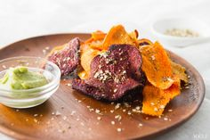 Vegetable chips with creamy avocado dip