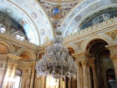 The world's largest chandelier, Dolmabahçe Palace | Flickr - Photo ...