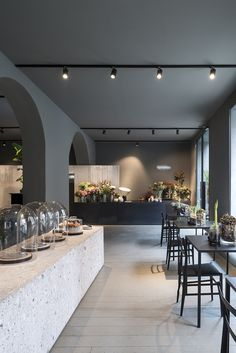 Architecture office Storage Associati designed Potafiori, a restaurant and a flower shop located in Milan, Italy and completed in Read More… Restaurant Design, Deco Restaurant, Restaurant Interiors, Restaurant Names, Pizzeria Design, Luxury Restaurant, Shop Interior Design, Cafe Design, Interior Design Inspiration
