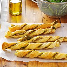 Pesto Twists Recipe -Use pesto made straight from your garden if you make these in the summer or purchase it prepared from the grocery store to fill these easy appetizers. Puff Pastry Recipes Savory, Puff Pastry Appetizers, Pizza Appetizers, Appetizer Recipes, Puff Pastries, Party Recipes, Frozen Puff Pastry, Puff Pastry Sheets, Recipes Using Pesto