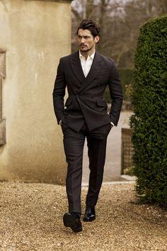 GQ JAPAN:   Photographer: Arnaldo Anaya-Lucca / Fashion Editor: Paul Mather / Model: David Gandy