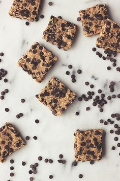 Raw Chocolate Chip Cookie Dough Bars - made from leftover almond milk pulp // Tasty Yummies // Nut Milk Recipe, Pulp Recipe, Milk Recipes, Raw Food Recipes, Recipe Tasty, Nut Recipes, Free Recipes, Raw Desserts, Healthy Sweets