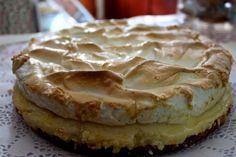 Its time for ladies and gentlemen :-). German Bakery, Food Network Recipes, Pie, Desserts, Foodies, Instagram, Sweet Treats, Healthy Baking, German