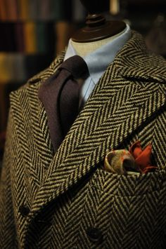 The Style Buff // by Gianni Fontana — Donegal Tweed Ulster Coat Sharp Dressed Man, Well Dressed Men, Harris Tweed, English Style, Ulster Coat, Gents Fashion, Gentleman Style, Dapper Gentleman, Holiday Fashion