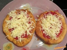 Langoše s postupem. Slovak Recipes, Czech Recipes, Veg Recipes, Snack Recipes, Cooking Recipes, Snacks, My Favorite Food, Favorite Recipes, Good Food