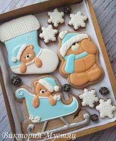 Cute winter Christmas bear cookies