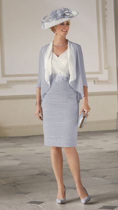 If you are looking for a beautiful mother of the bride dress in Southampton, visit Charisma of Fawley today and choose the right wedding outfit. Mother Of Groom Outfits, Mother Of The Bride Fashion, Mother Of The Bride Suits, Special Occasion Outfits, Occasion Wear, Short Fitted Dress, Ruched Dress, Marie, Bride Dresses