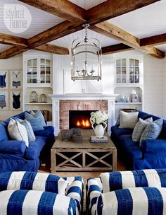 INTERIORS: A CHIC COASTAL COTTAGE...