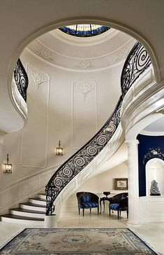 Simple Everyday Glamour: Stairway to Heaven?