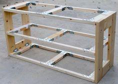 アメリカで圧倒的シェアを誇る2バイ材用のコネクターメーカー・シンプソン社。その製品=シンプソン金具を駆使し、ほぼ2バイ材のみで作られた可動式シェルフをご紹介します。2×2材、2&...