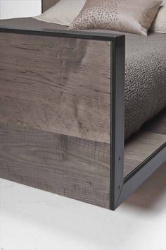 TodVon :: Tod Von Mertens Furniture Design and Production