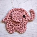 Repeat Crafter Me: E is for Elephant: Crochet Elephant Applique Free Crochet Pattern. Marque-pages Au Crochet, Appliques Au Crochet, Crochet Applique Patterns Free, Crochet Mignon, Crochet Amigurumi, Crochet Motifs, Cute Crochet, Crochet Crafts, Yarn Crafts