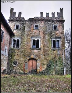 Abandoned castle | Flickr - Photo Sharing!