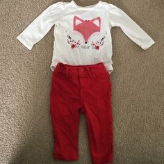 Baby gap outfit! Worn once. 6-12 months. No stains, rips, pulls or tears! Smoke and pet free home. Worn once, tried it on again and just realized it's too small. Size 6-12 months GAP Other