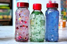 DIY – Calming Jar inspired on Montessori Method Rainbow Sensory Bottles, Sensory Bottles For Toddlers, Sensory Bottles Preschool, Sensory Bins, Sensory Play, Rainbow Slime, Calm Down Jar, Calm Down Bottle, Yoga For Kids