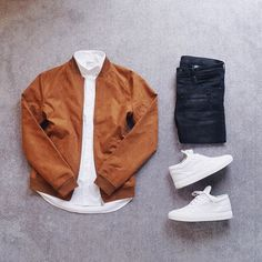 """WEBSTA @ mr.patrk - """"And now you and me can drink some hennessy..."""" #OutfitGrid #WDYWTgrid #ootdmen #menswear #outfit #ootdBlouson ➾ @pullandbear #cognac #pullandbearShirt ➾ @CalvinKlein #CalvinKlein #mycalvinsJeans ➾ @Hm #hmShoes ➾ @FillingPieces #FillingPieces"""