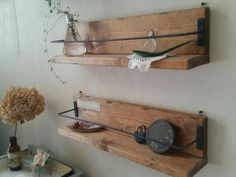40 creative wooden pallet projects diy ideas 89 ~ Design And Decoration Decor, Interior, Wooden Pallet Projects, Floating Shelves, Wooden Pallets, Raw Wood, Wood Creations, Diy Woodworking, Wooden Diy