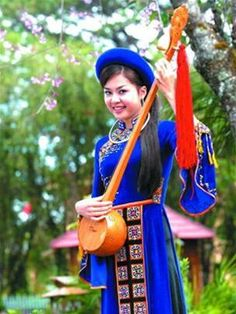 Classical Vietnamese clothing. #Vietnam #Travel