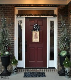 Door color for a brick home.  I like this better than the traditional red door.
