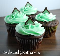 Mint Chocolate Cupcakes with Mint Fudge Filling on MyRecipeMagic.com