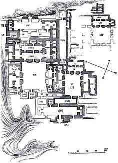 Planta del Palacio de Senaquerib o del Suroeste en Nínive. Se encontraba sobre la colina Kuyünjik. Perímetro de 200 m de lado. En su interior se encontraban unas 80 habitaciones decoradas con ortostatos con representaciones militares que exaltaban la monarquia y lamassus presidiendo su entrada. Se estructuraba en torno a un patio central e incorporaba una zona de máxima representación.