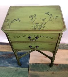 Juliet Side Table Vintage Green Belle by FilthyRichDesigns on Etsy