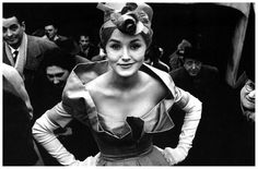 model-monique-dutto-photo-by-frank-horvat-for-jours-de-france-paris-1958.jpg (1203×791)