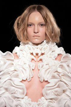 fashion-x-technology-daniel-widrig-2A.jpg