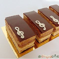 I would never refuse a slice of Opera Cake 💕 Opera Cake, Chocolate Lovers, Coffee Time, Cheesecake, Cream, Ethnic Recipes, Desserts, French, Food