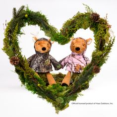 The cutest woodland couple this side of the Rockies is ready to make their romance public, so prepare to swoon! Meadow and Buck the Deer — each decked out in must-have Mossy Oak Break-Up® — will charm city dwellers, rural rebels and anyone else who believes in true love.  Sold separately for $35 each, and include a Scent Pak of your choice. Once these sell out, another buddy will take their place.