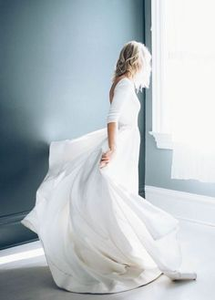 Simple but stunning wedding gown wedding: dresses свадебные платья, свадьба Bridal Gowns, Wedding Gowns, Wedding Ceremony, Damsel In This Dress, Minimalist Wedding Dresses, Minimal Wedding, Gowns Of Elegance, Elegant Gowns, Wedding Pics